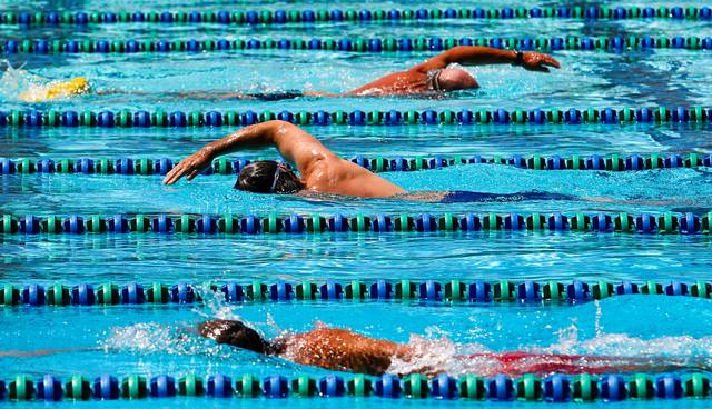 pool-lane-swimming
